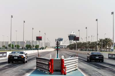 Camaro Drag Race in Dubai