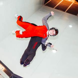 Indoor Skydiving Teamevent max. 10 Teilnehmer